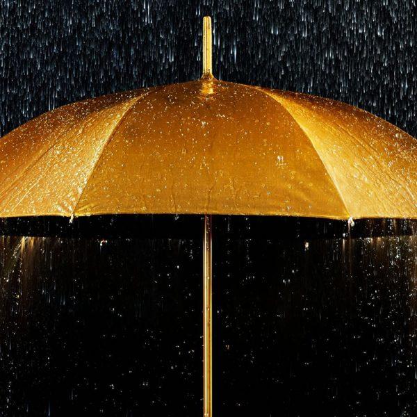 Pluja daurada amb escorts
