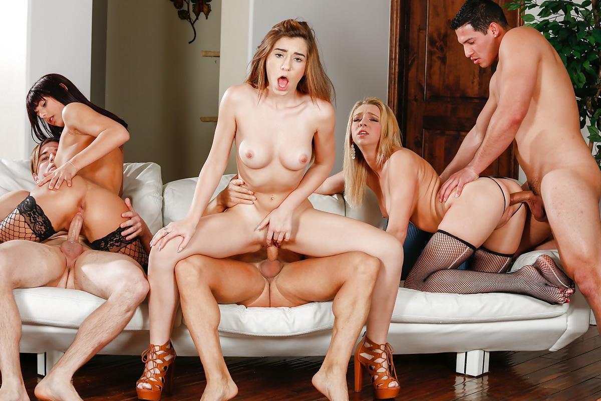 Nimm an einer Orgie teil