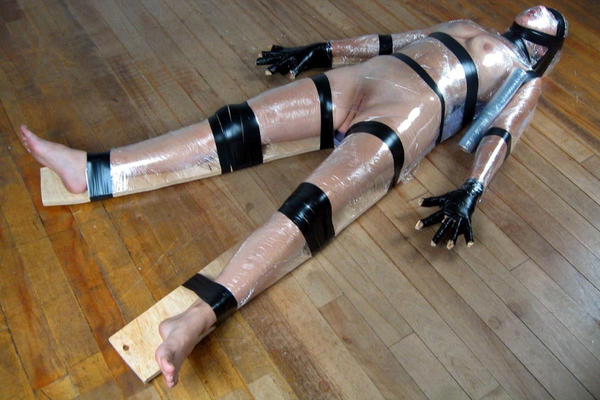 Momification BDSM